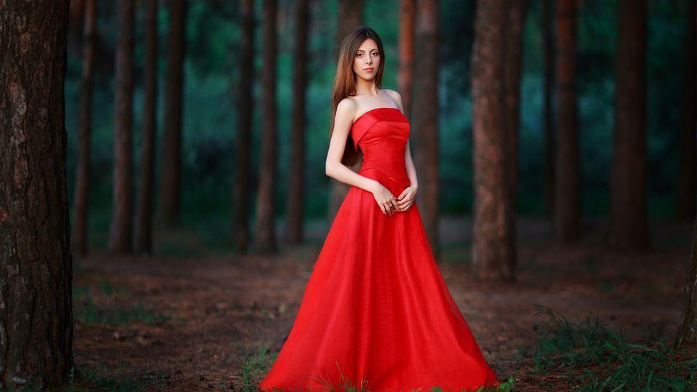 приснилась знакомая женщина в красном