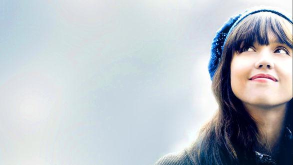 Обои Актриса Джессика Альба на обложке фильма тайный знак