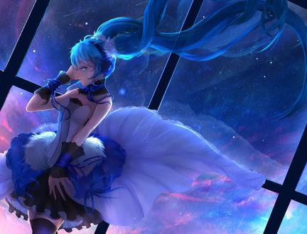 Обои Vocaloid Hatsune Miku / Вокалоид Хатсунэ Мику в наушниках стоит напротив окна за которым виден космос, art by Yuuko (renhaowei2010)