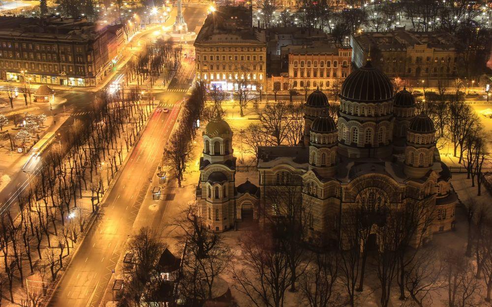 Обои для рабочего стола Ночная Рига с высоты птичьего полета / Riga, Latvia