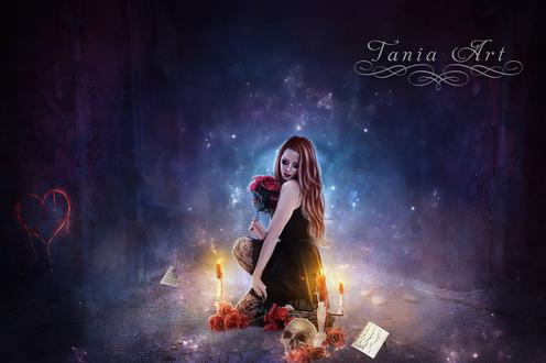 Обои Длинноволосая девушка-колдунья, держащая в руке букет красных роз, присевшая на корточки возле горящих свечей, лежащего рядом черепа, листков бумаги, находящаяся на лесной опушке ночью с нарисованным, красным сердечком, автор Tania Art