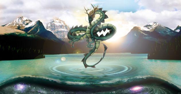 Обои Дракон взлетевший над поверхностью горного озера, касается хвостом поверхности воды от которого идут круги по воде