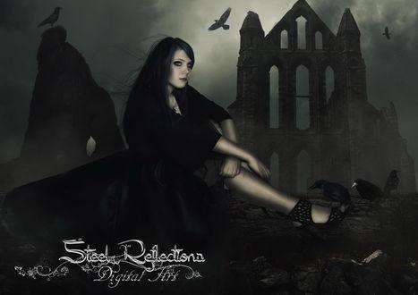 Обои Темноволосая девушка в черной одежде сидящая возле дерева с сидящими на нем черными воронами на фоне разрушенных стен каменного здания, ночного неба и парящих в воздухе птиц, автор Steel-Reflections