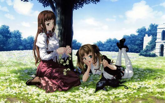 Две девушки у пруда