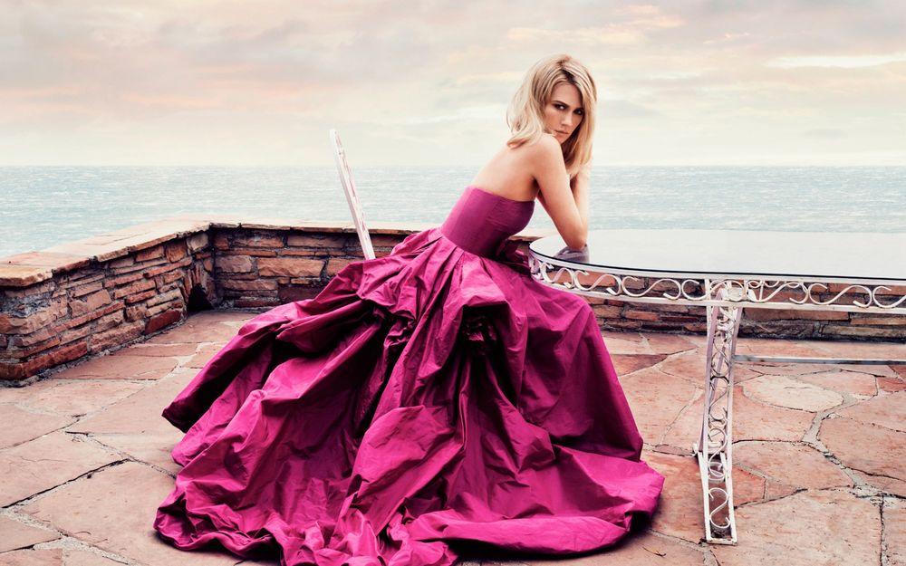 Женщины в красивом платье фото 247-71