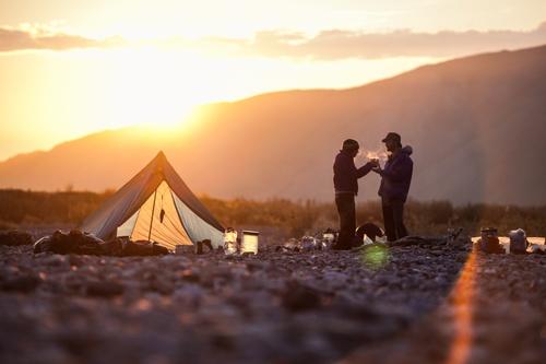 Палатки всегда выручают в походах thumbnail