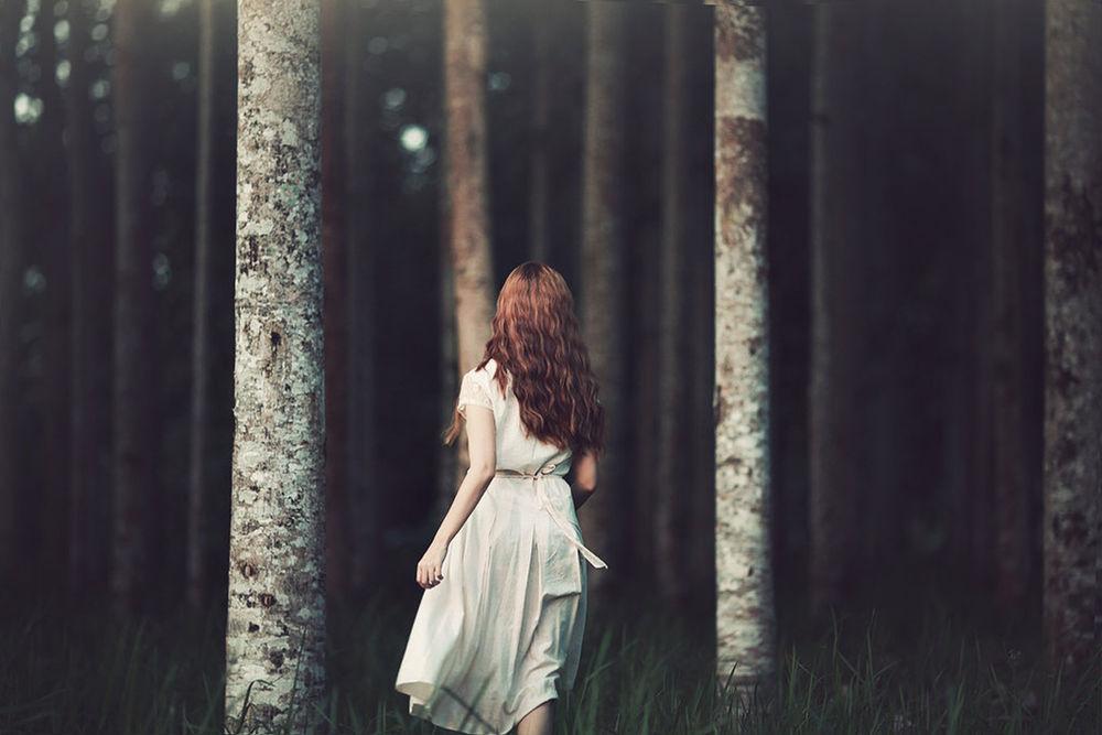 Девушка в лесу фото 458-600