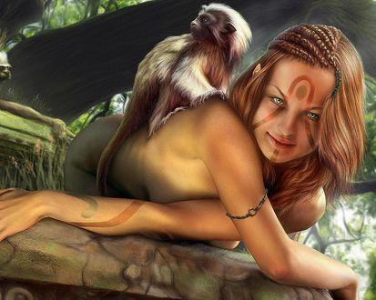 Обои Обнаженная девушка с рисунками на лице склонилась на ветку дерева и у нее на спине сидит обезьяна