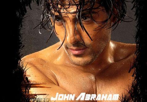 Обои Джон Абрахам / John Abraham/ — индийский актер, продюсер и бывшая модель стоит с голым торсом и мокрыми волосами на голове