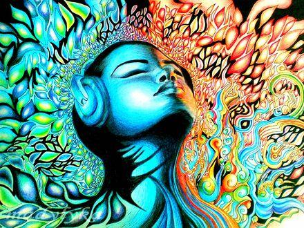 Обои Девушка в абстракции, закрывшая глаза и слушающая через наушники музыку