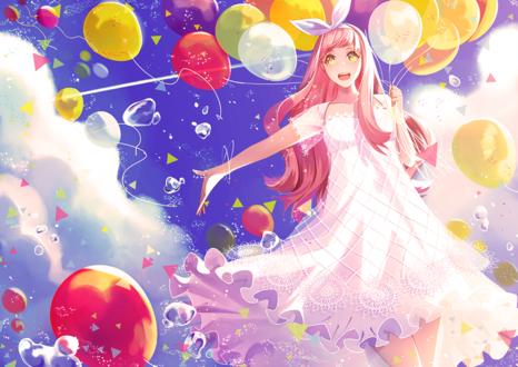 Обои Девушка с воздушными шариками на фоне облачного неба