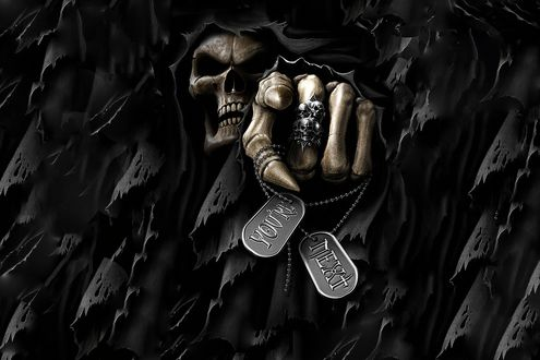 Обои Монстр с черепом вместо головы, из черных лохмотьев протянул вперед костлявую руку в перстнях и с металлическими жетонами с надписями YOURE и NEXT
