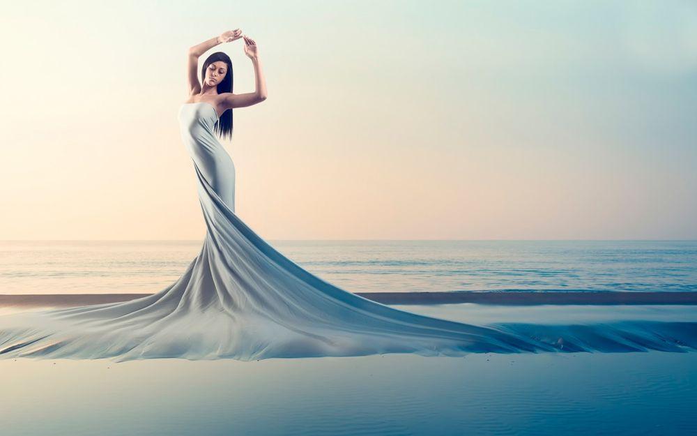 Картинки девушка в платье у моря