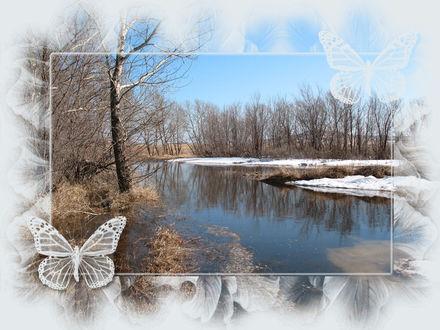 Обои На берегу реки стоит зимний лес, на полянке лежит снег, конец осени начало зимы