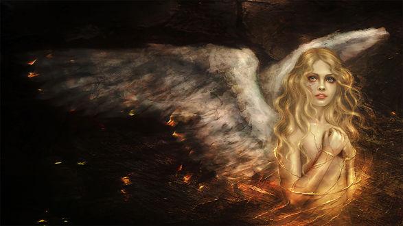 Обои Белокурая девушка ангел окутанная огненными линиями