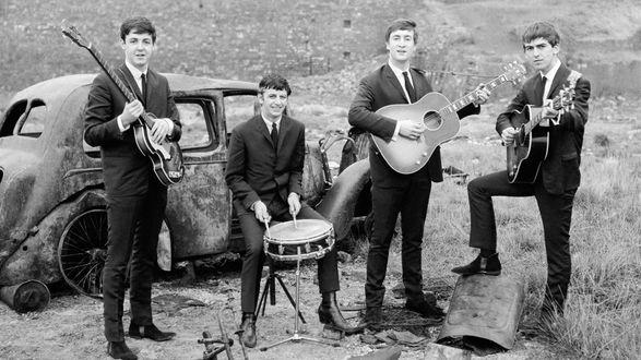 Обои Легендарная группа Beatles,(старое фото)