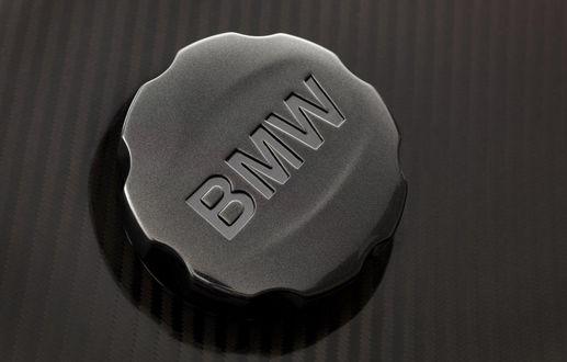 Обои Пробка от заливной горловины с логотипом BMW