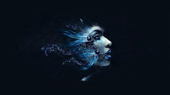 Обои Голова девушки с синими глазами и губами, с абстракцией в виде цветов, листьев, узоров