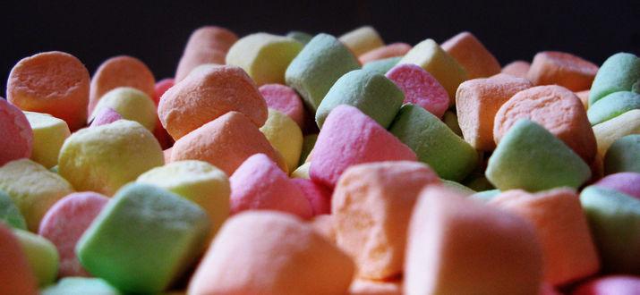 Обои Куча разноцветных маршмеллоу / Marshmallows/