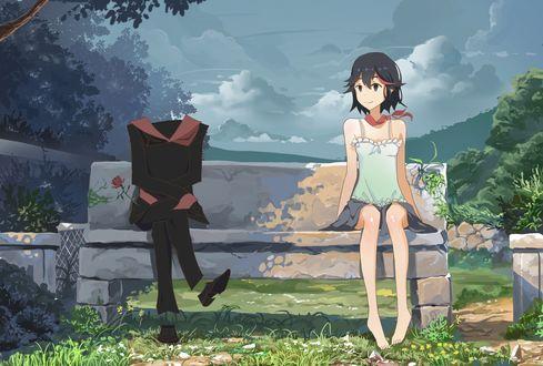 Обои Ryuuko Matoi и Senketsy из аниме Kill la Kill отдыхают на скамейке в парке