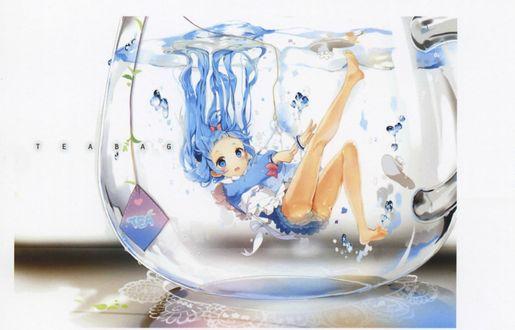 Обои Девочка с голубыми волосами упала в чашку с водой, art by Anmi