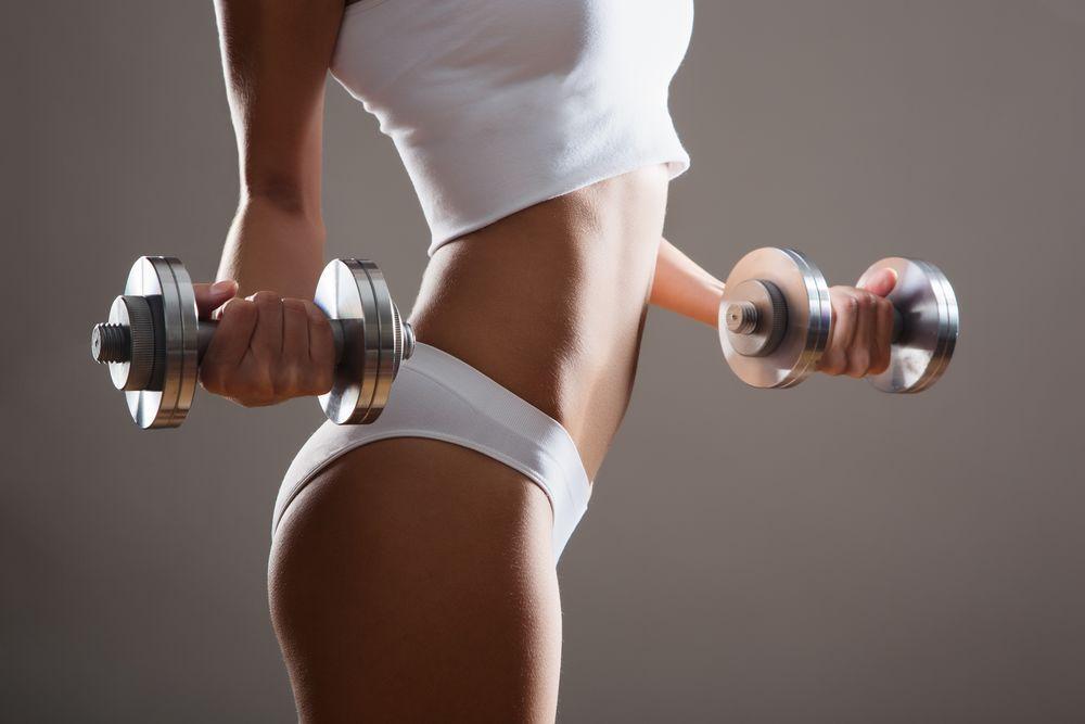 Бегать или качаться: как быстрее похудеть к лету?
