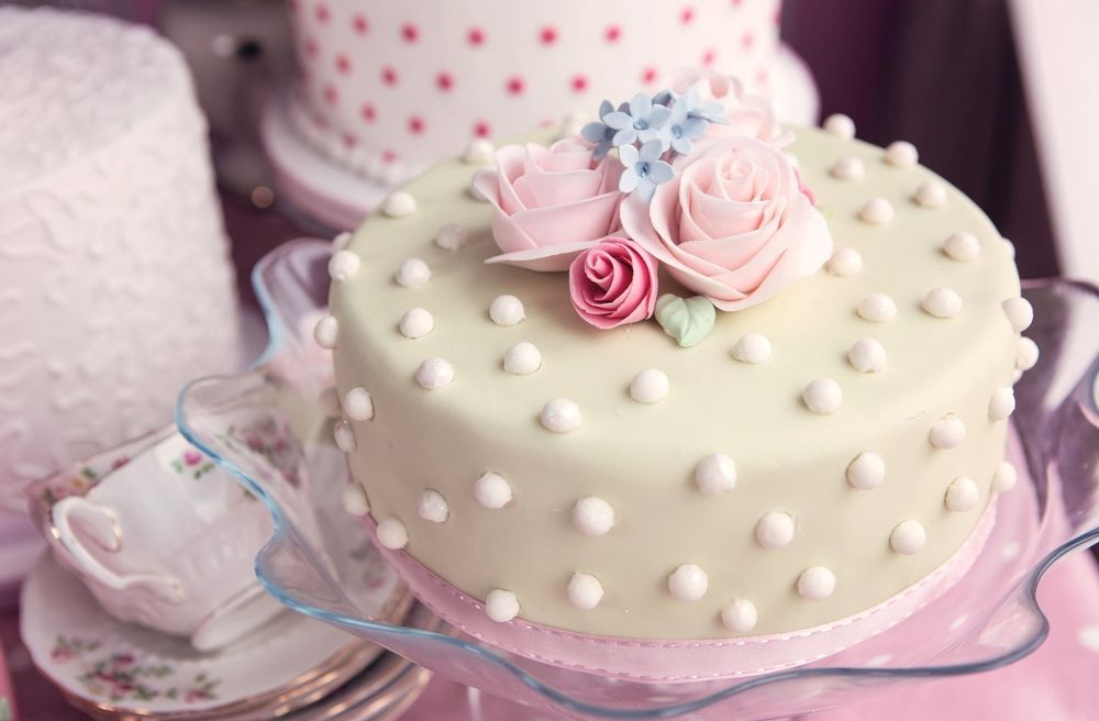 торт с розочками