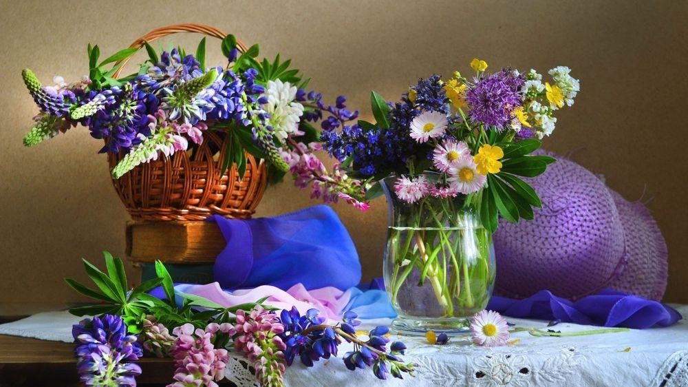 Завядающий цветок