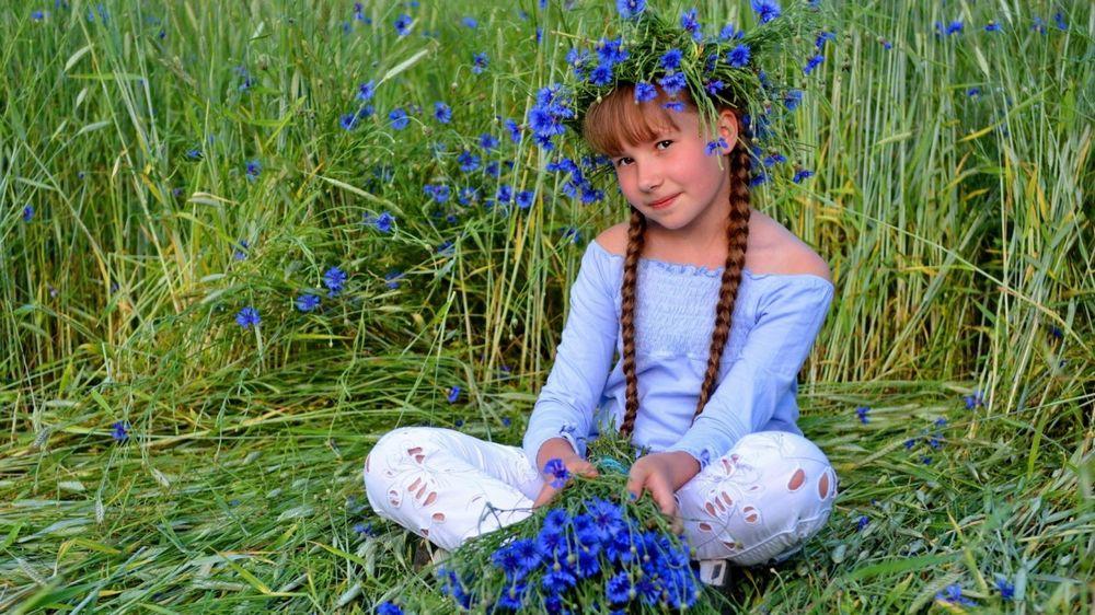Девочка из васильков эро фото фото 590-817