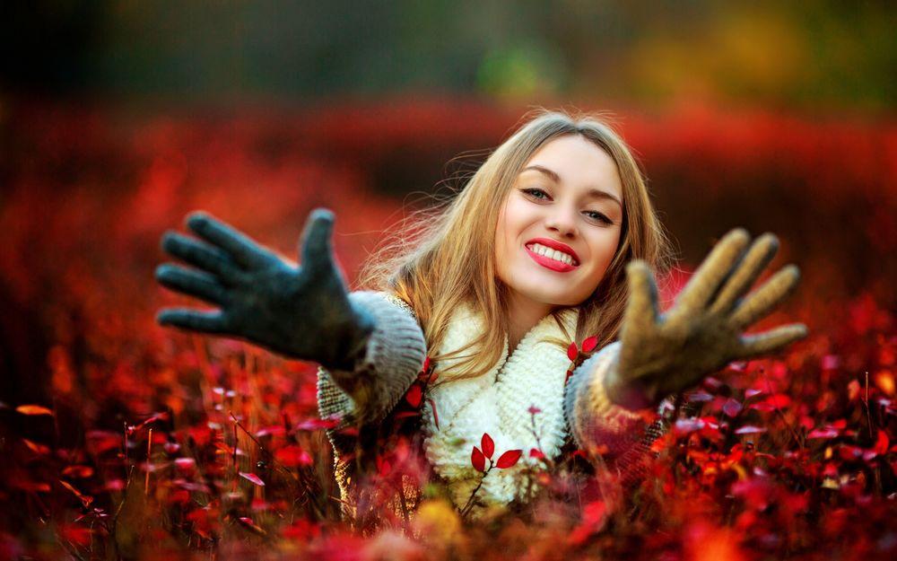 Обои Девушки В Осени