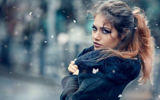 Обои Красивая девушка, фотограф Alessandro Di Cicco