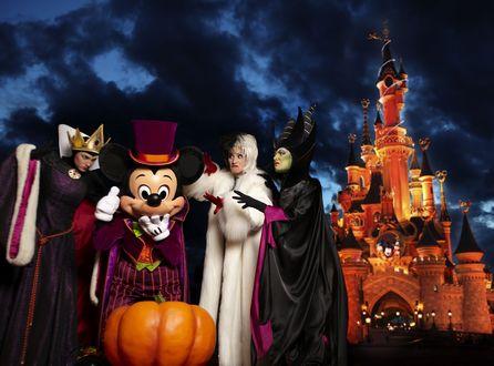 Обои Персонажи Диснейленда на Хеллоуин