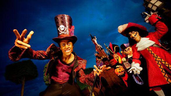 Обои Пираты празднуют Хеллоуин в Диснейленде
