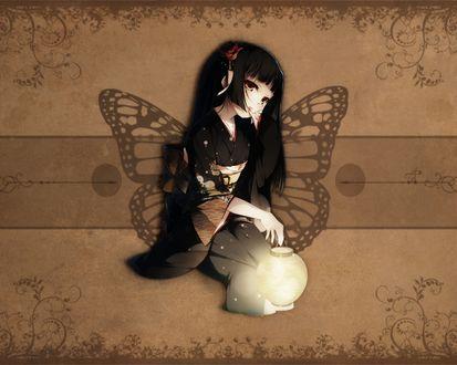 Обои Рисунок девушки с фонарем в руке, на сером фоне изображены крылья бабочки