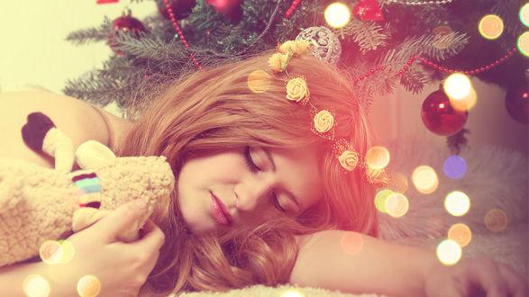 Обои Новогодний сон девушки