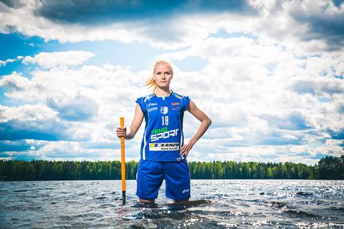 Обои Karoliina Kujala, игрок Финляндской команды по флорболу