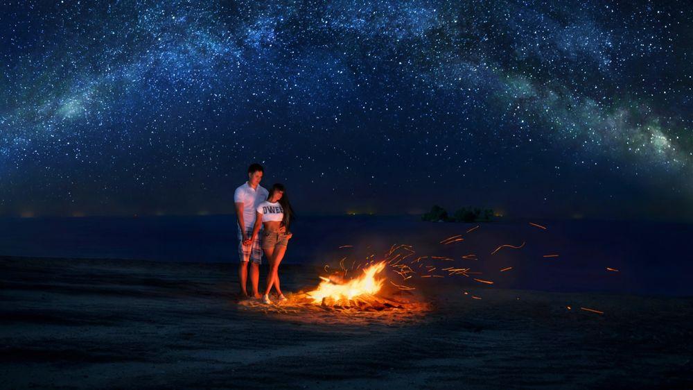 Огонь и девушка фото