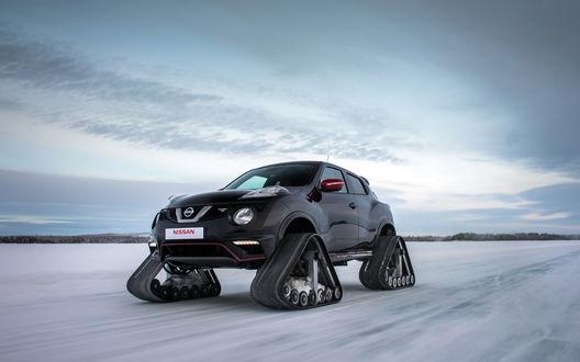 Обои Автомобиль Nissan суперкар на замерзшем озере