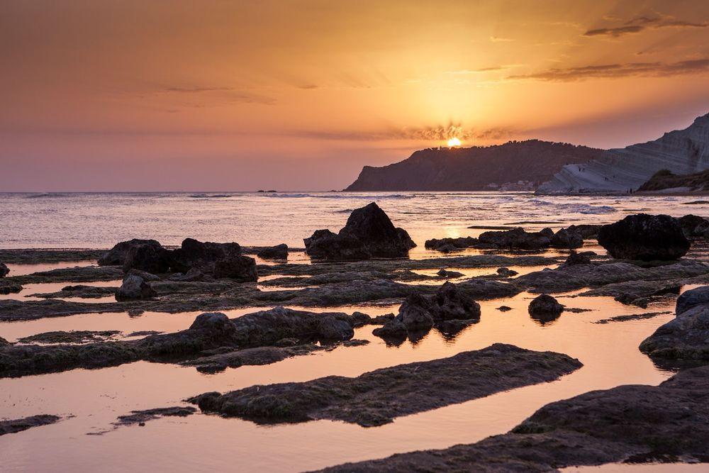 Обои для рабочего стола Закат (восход) солнца над морем и горой, Сицилия, автор Анастасия Петрова