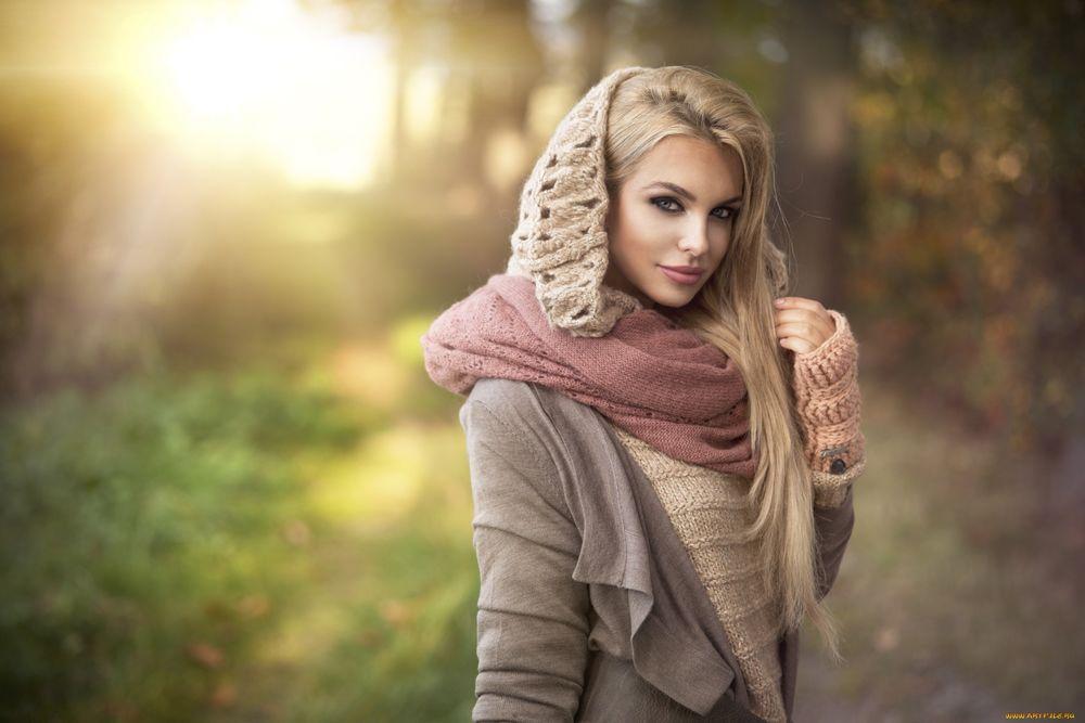 Красивые девушки на природе фото