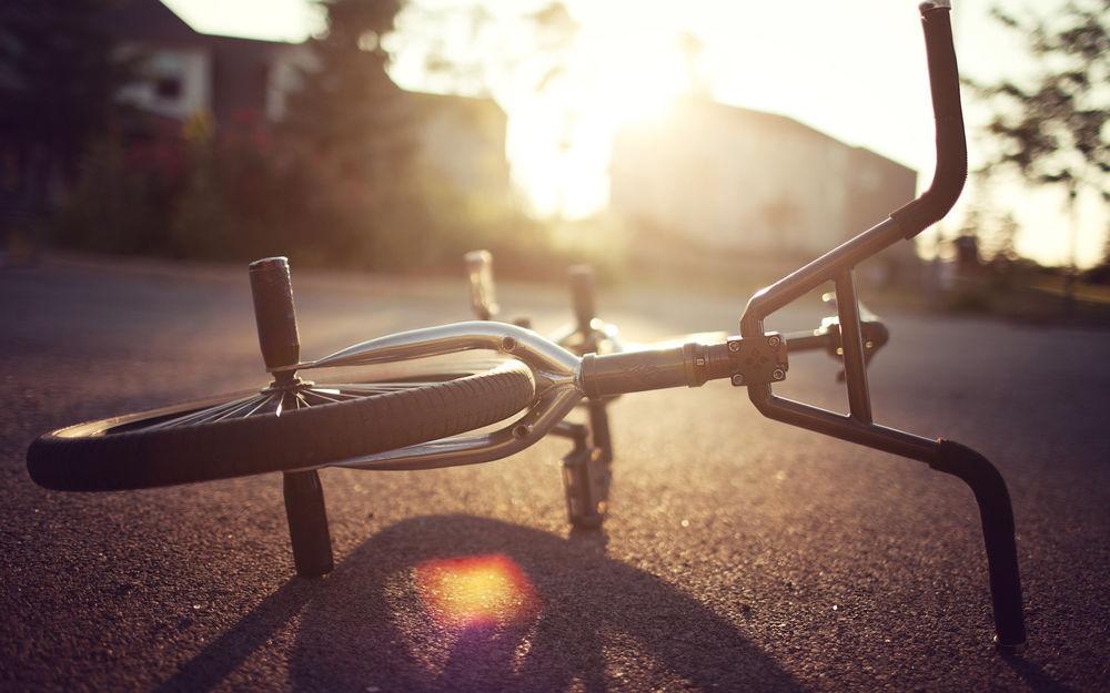 Грузовик насмерть сбил велосипедиста