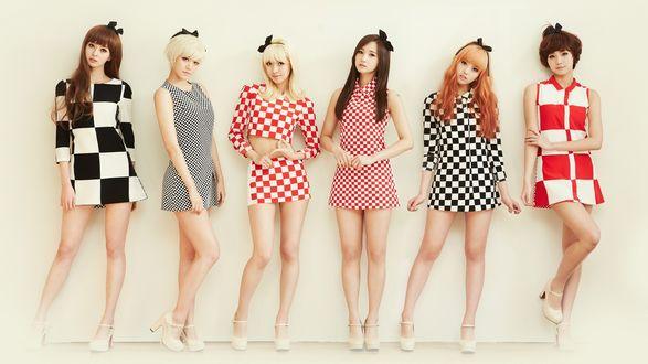 Обои Девушки из группы Hello Venus позируют в коротких платьях на сером фоне, k-pop, Южная Корея