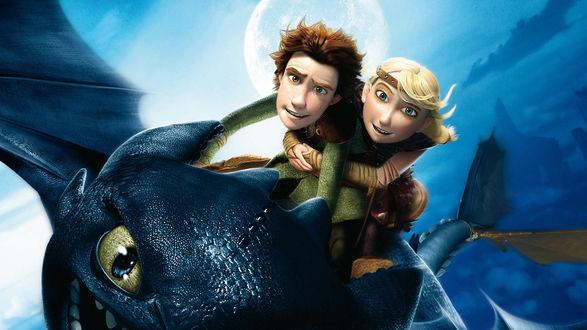 Обои Иккинг и Астрид летят на драконе Беззубике, мультфильм Как приручить дракона 2 / How Train Your Dragon 2
