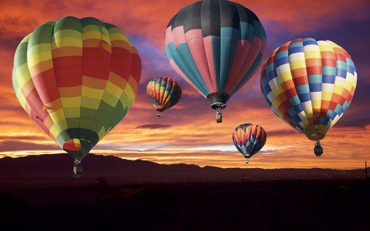Обои Воздушные шары в небе