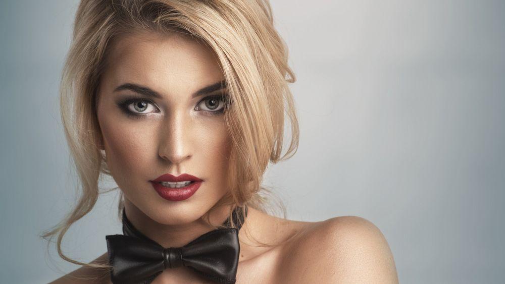 Красивые фото девушек в галстуке — photo 13
