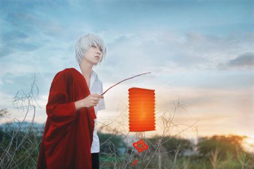 Обои Белокурый парень с фонарем в руке, by Crimson-Shad