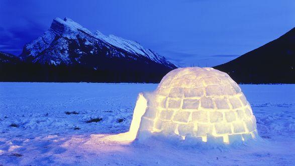 Обои Иглу - жилище из льда на крайнем севере