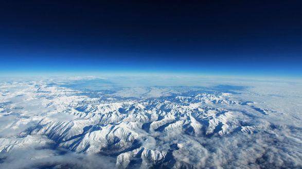 Обои Горный хребет на Земле, вид из космоса
