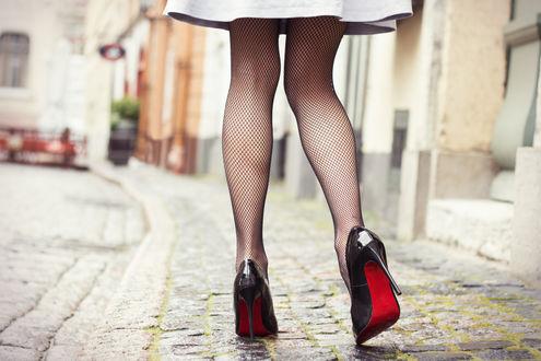 Широкоформатные фото девушек в колготках и туфлях фото 660-245