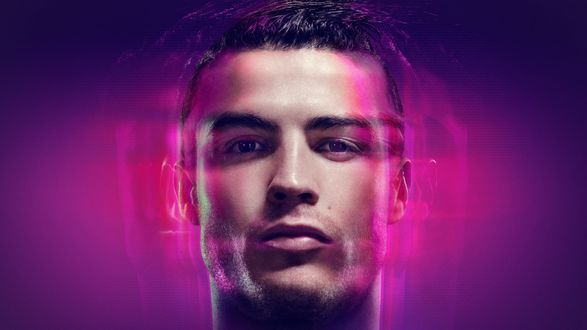 Обои Знаменитый португальский футболист Криштиану Роналду душ Сантуш Авейру / Cristiano Ronaldo dos Santos Aveiro